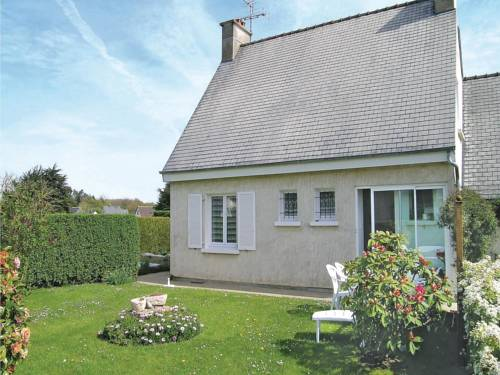 Holiday home Rue Des Hortensias : Guest accommodation near Kermaria-Sulard