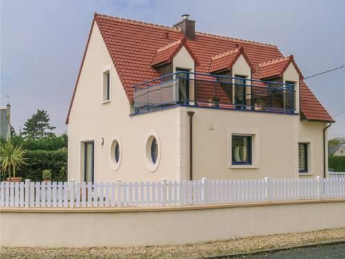Holiday home Rue de la Plage : Guest accommodation near Brignogan-Plage