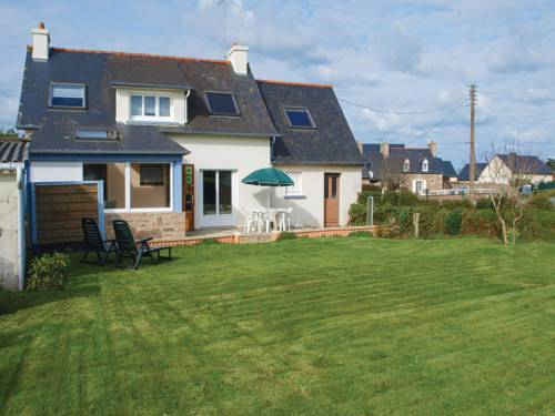 Holiday Home Penvenan with Patio V : Guest accommodation near Penvénan