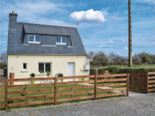 Two-Bedroom Holiday Home in Camlez : Guest accommodation near Camlez