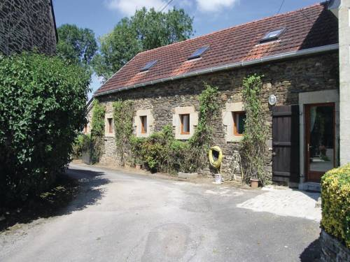 Holiday Home Saint Coulitz 02 : Guest accommodation near Châteaulin