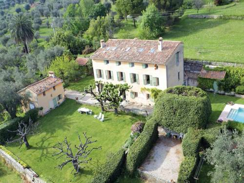 Holiday Home La Trinite : Guest accommodation near Châteauneuf-Grasse