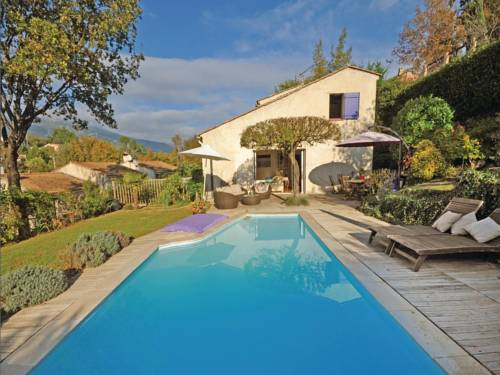Holiday Home Le Rouret with a Fireplace 07 : Guest accommodation near Le Rouret