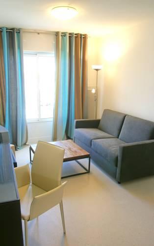 Appart Hôtel Le Liberté Vannes Centre-Ville : Guest accommodation near Vannes
