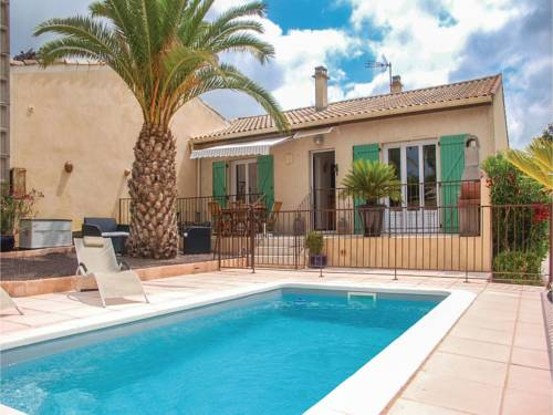 Three-Bedroom Holiday Home in Tourbes : Guest accommodation near Alignan-du-Vent