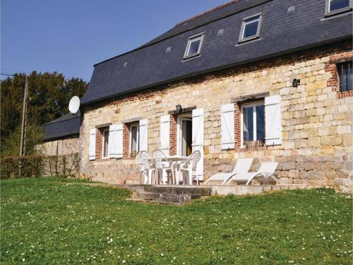 Holiday Home Cour Du Chateau : Guest accommodation near Aisonville-et-Bernoville