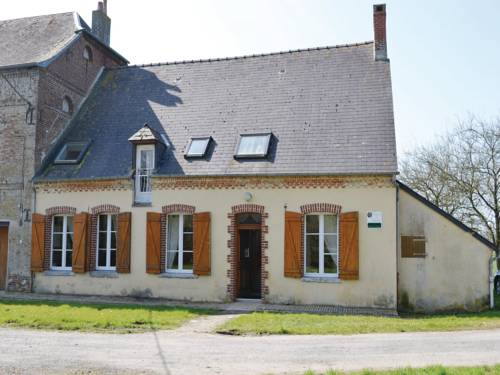 Three-Bedroom Holiday Home in Chigny : Guest accommodation near Monceau-sur-Oise