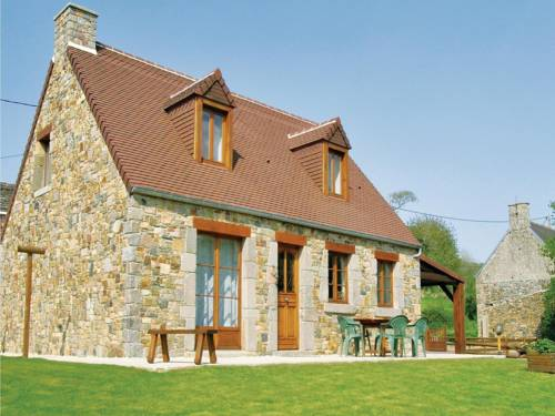 Holiday home Du Val De La Cour No. : Guest accommodation near Les Pieux