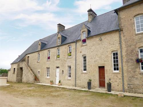 Three-Bedroom Holiday Home in Valognes : Guest accommodation near Valognes