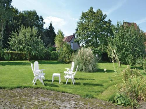 Holiday Home Cheriennes with a Fireplace 07 : Guest accommodation near Vieil-Hesdin