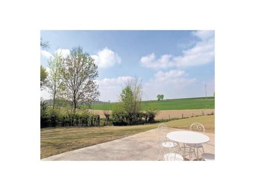 Holiday Home Les Ombelliféres : Guest accommodation near Caulaincourt