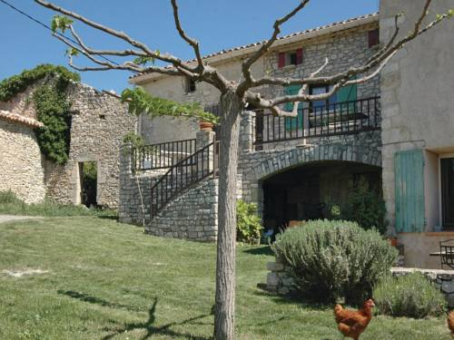 Holiday Home Les Roux - 08 : Guest accommodation near Sainte-Croix-à-Lauze