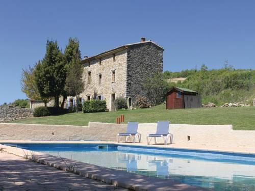 Holiday Home Sainte Croix A Lauze with Fireplace 03 : Guest accommodation near Aubenas-les-Alpes