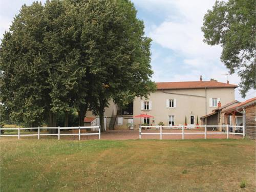 Studio Holiday Home in Jassans Riottier : Guest accommodation near Reyrieux