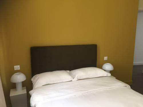 6 Rue Rappe Coeur Avignon : Apartment near Avignon