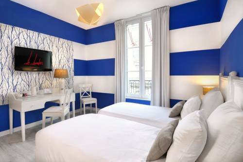 Qualys-Hôtel Le Londres - Hôtel & Appartements : Hotel near Saumur