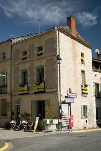 roses salon de the : Bed and Breakfast near Auriac-sur-Dropt