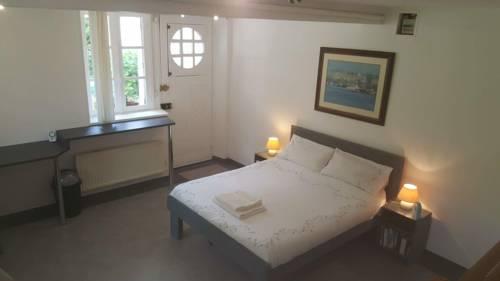 Chambre D'Hôtes De La Roche Tremblante : Bed and Breakfast near Berrien