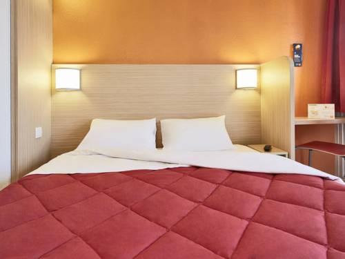 Premiere Classe Lille Sud - Seclin : Hotel near Pont-à-Marcq