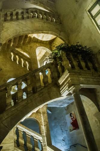 Best Western Marquis de la Baume : Hotel near Nîmes