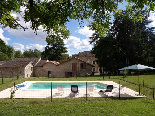 Datcha du Broustet : Guest accommodation near Ambrus