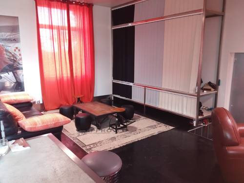 Appartement dans ancienne école : Apartment near Île-de-Sein