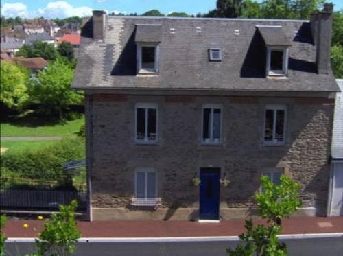 Maison du Moulinassou : Guest accommodation near Le Chalard