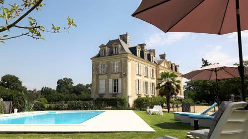 Château La Mothaye : Guest accommodation near Cuon