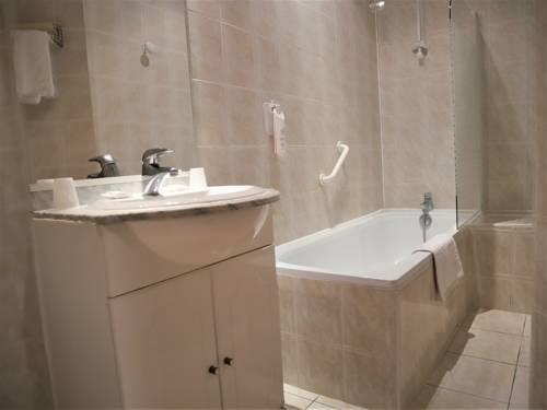 Hotel salon de provence hotels near salon de provence 13300 france - Hotel d angleterre salon de provence ...
