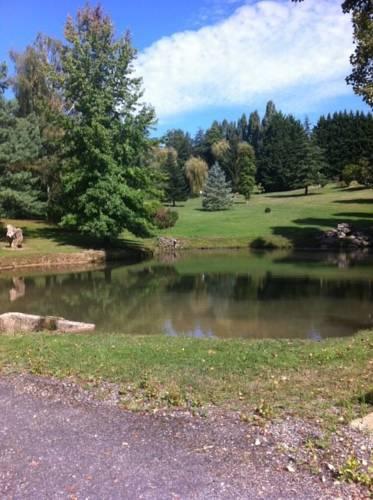 le jardin d Eau : Guest accommodation near Saint-Seurin-de-Prats