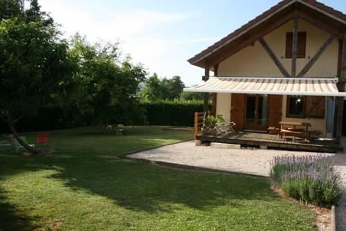 Chalet des 7 aventuriers : Guest accommodation near Cogna