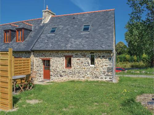 Holiday home Pont Losquet : Guest accommodation near Quemperven