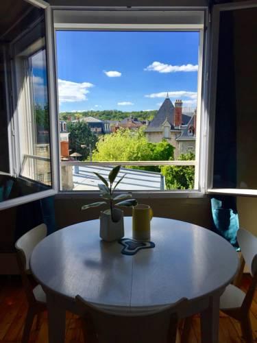 Le Saint Merry : Apartment near Fontainebleau