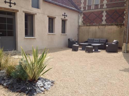 L'Orangerie de Beauregard Cottages : Guest accommodation near Neuillé-le-Lierre