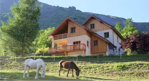 Chalet Morville : Bed and Breakfast near Vénosc