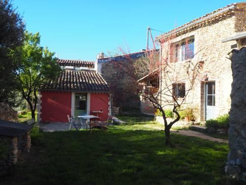 Ferme Les Seguin : Guest accommodation near Brunet