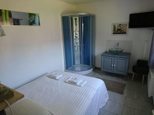 Hotel Le Relais De Fleurette : Hotel near Amifontaine