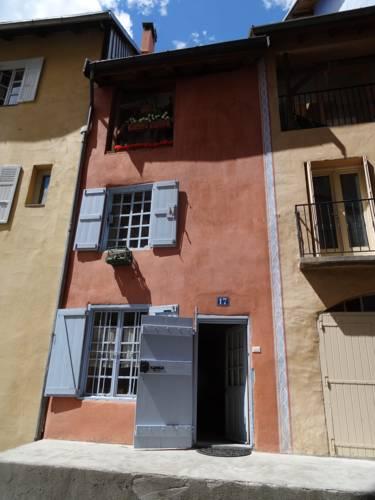 Maison Le Rose : Guest accommodation near Briançon