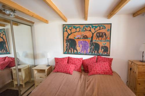 Chalet Pointu : Guest accommodation near Isola