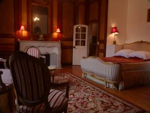 Chateau de la Grand Maison : Bed and Breakfast near Appenai-sous-Bellême