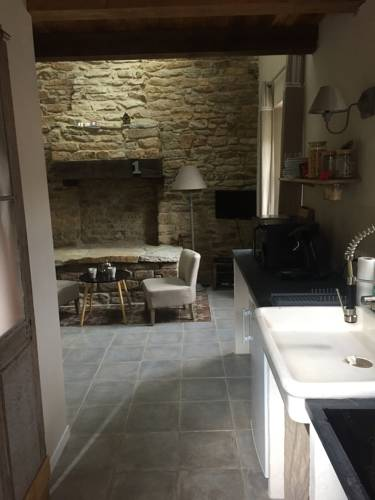 Une maison proche canal : Guest accommodation near Bohal