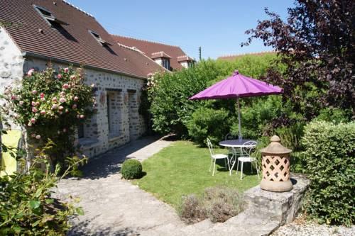 Gîte de Cilia : Guest accommodation near Auger-Saint-Vincent