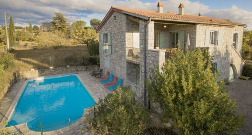 Les 23 Mûriers : Guest accommodation near Chauzon