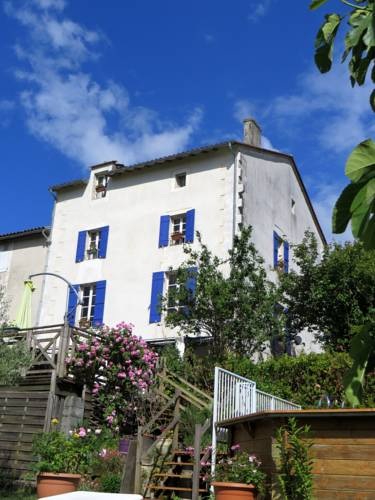 Chez Sparey : Bed and Breakfast near Ribérac