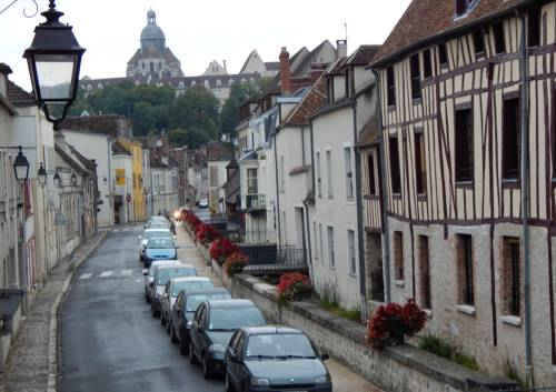 Provins centre F2 : Apartment near Voulton