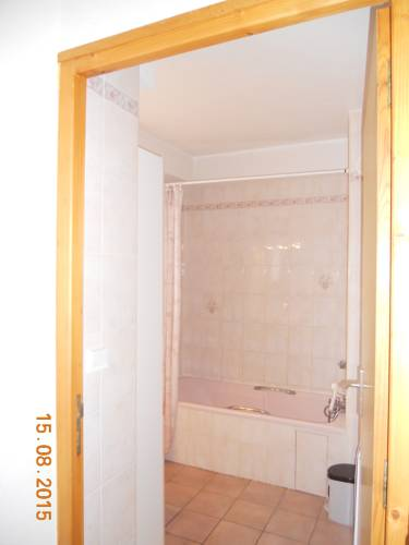 Chalet Dalat : Guest accommodation near Les Vigneaux