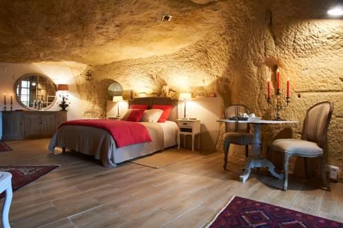 Le Troglo De La Bonne Dame : Bed and Breakfast near Vouvray