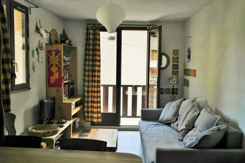 Apartment Immeuble de La Poste : Apartment near Aiguilles