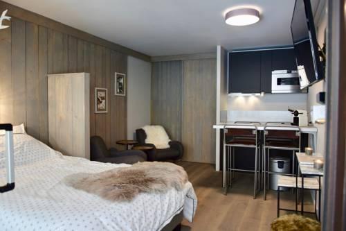 Studio Suite chaleureux Val d'Isère : Apartment near Val-d'Isère