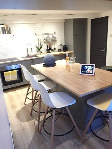 Les Cardeurs : Apartment near Aix-en-Provence